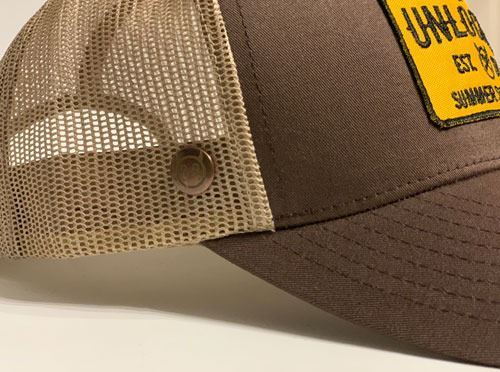 GORRA PREMIUM TRUCKER BROWN (1)