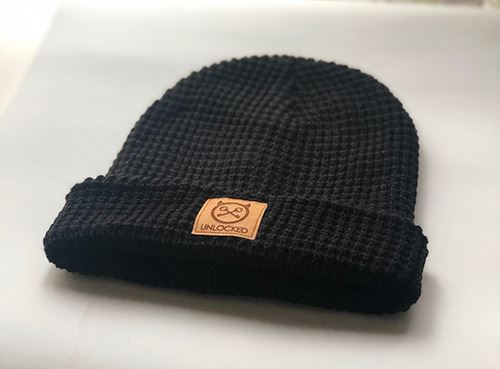 GORRO MOUNTAIN NEGRO (1)
